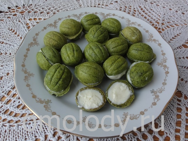 Pastry nuts with sweet filling, cakes nuts
